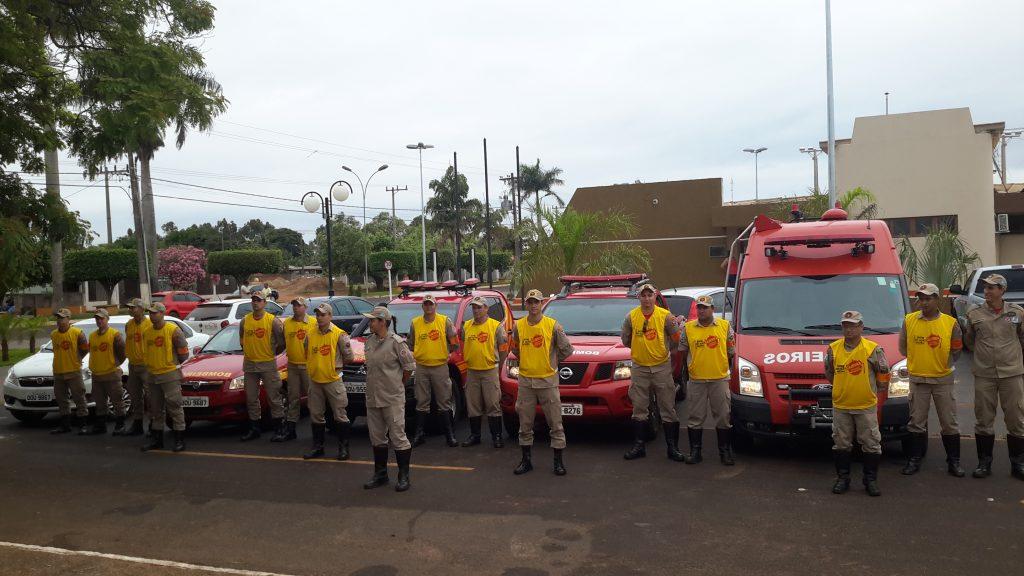 Militares do Corpo de Bombeiros participaram da ação contra o Aedes em Taquarussu
